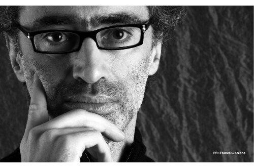 Roberto Saporito è il caso editoriale dell'anno.